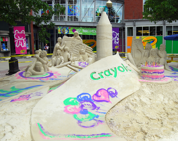 "The Travel Channel's ""Sand Masters"" Final Sculpture for the Crayola Factory's 15th Birthday"