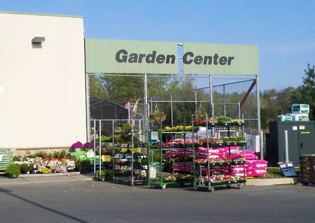 Cantelmi's Ace Hardware Garden Center, Forks Township